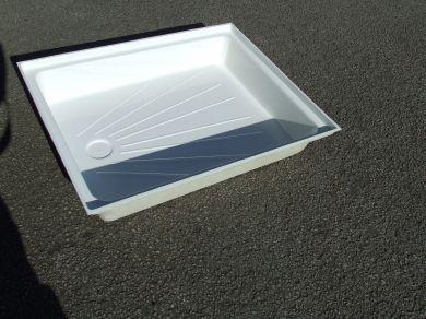"""017.  Fibreglass shower tray 24"""" x 30"""""""